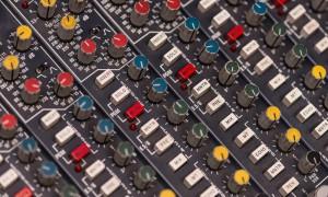 Utbildning & Kurser i Ljudteknik & inspelningsteknik - Mixerbord